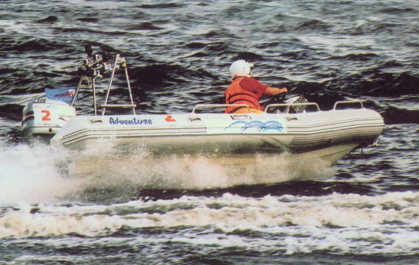 Do historie nafukovacích motorových člunů Adventure bezpochyby patří legendární člun RIB s laminátovým kýlem, model SPICE S-550