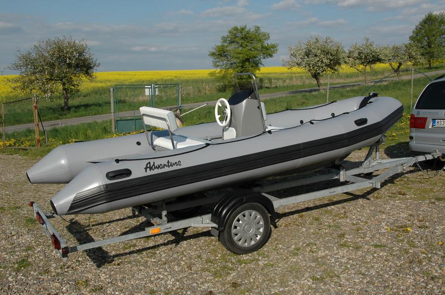 Nafukovací motorový člun Adventure Vesta V-500 Luxury Individual
